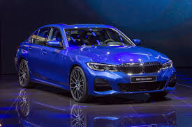 Review of new BMW model by Muneer Mujahed Lyati