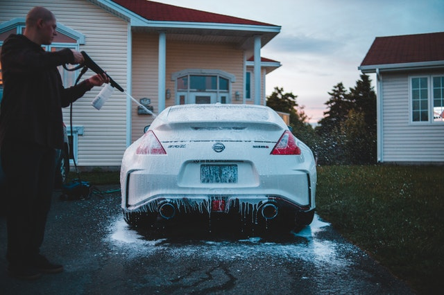 Car Washing: Spic and Span – Inside and Out